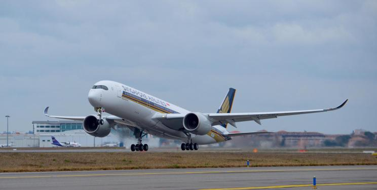 Singapore Airlines' first A350 XWB takes to the sky