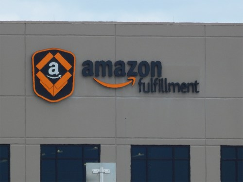 Amazon makes further move into European logistics