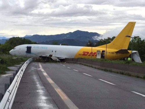 ASL Airlines B734 operating for DHL overruns runway in Milan