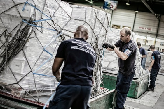 WFS wins PIA contract for cargo handling, trucking in UK