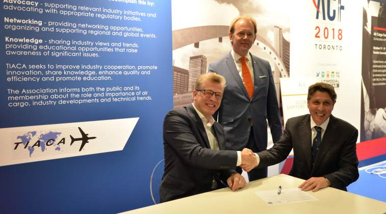 (l-r) Ariaen Zimmerman, executive director, Cargo iQ; Kester Meijer, director operational integrity, KLM, and vice chairman of Cargo iQ; Chris Welsh, secretary general of Global Shippers' Forum.