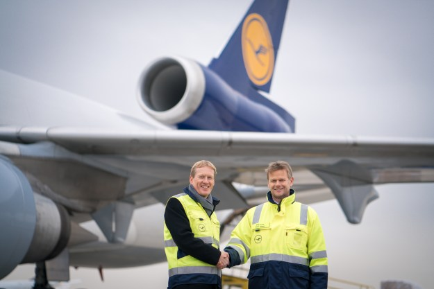(l-r) Christian Reuter, secretary general of the German Red Cross and Peter Gerber, CEO and chairman of the Executive Board of Lufthansa Cargo.