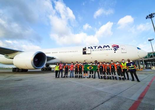 LATAM Brazil makes 'mega-delivery' of medical supplies to combat COVID-19