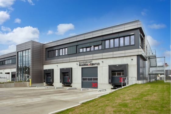 Swissport opens freight hub, greets Cathay Pacific Cargo in Frankfurt