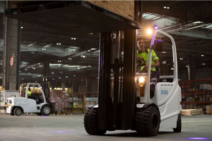 dnata further enhances safety and efficiency in dangerous goods handling