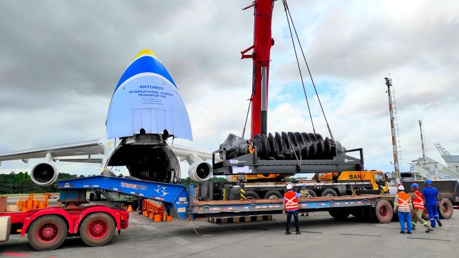 Antonov moves mining equipment from Australia to Brazil