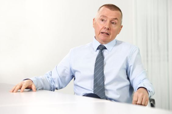 Willie Walsh takes the helm as IATA chief