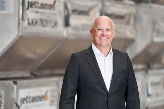 Jettainer's Thomas Sonntag on outsourcing, transparency