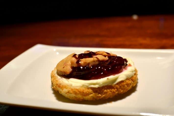 foie-gras-gelee-de-framboise-pays-basque