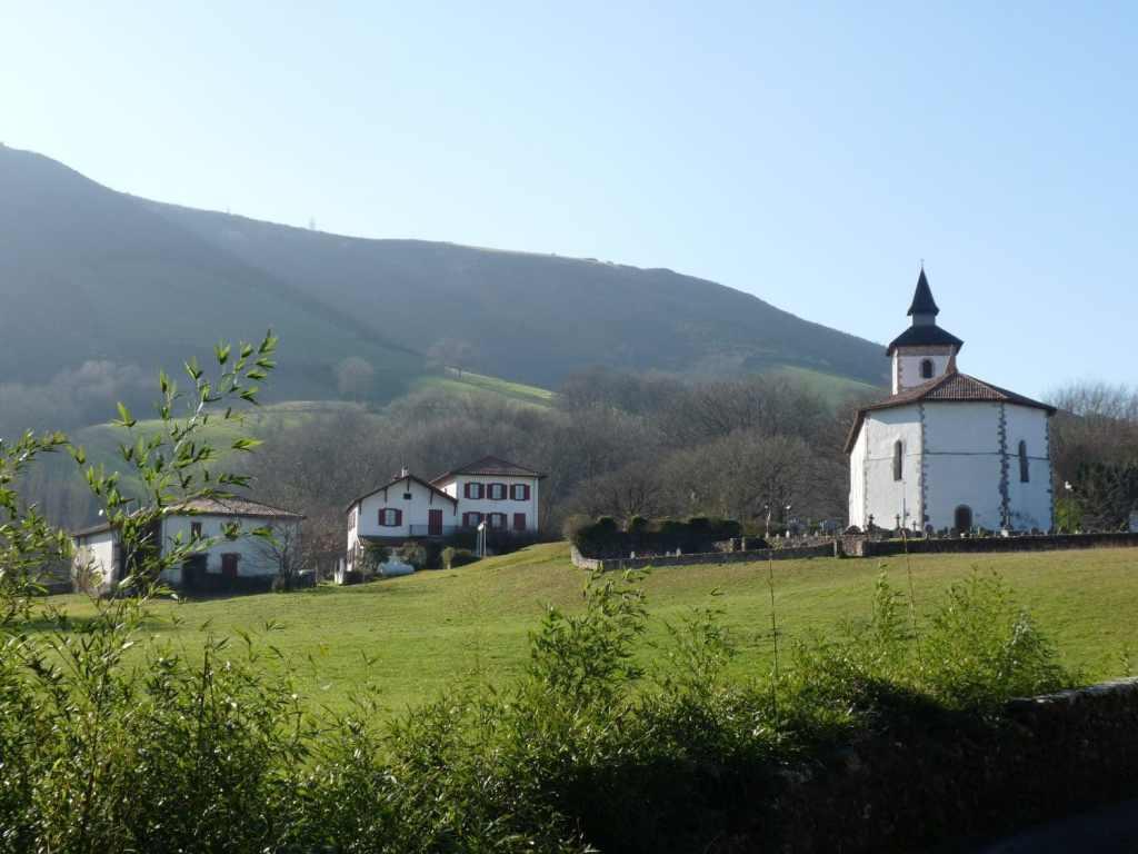 Eglise - Vue sur le Mont Atharri