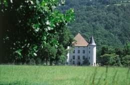 visite-village-baigorri-chateau-pays-basque