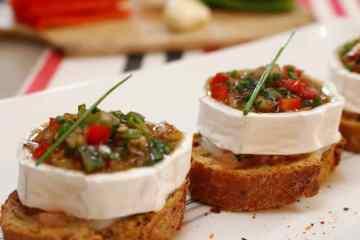 Pintxos_fromage_de_chevre_poivrons-pays-basque