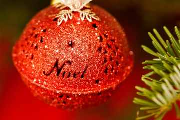 noel-christmas-bauble-au-pays-basque