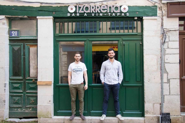izarrena-au-petit-bayonne-restaurant-pays-basque-devanture