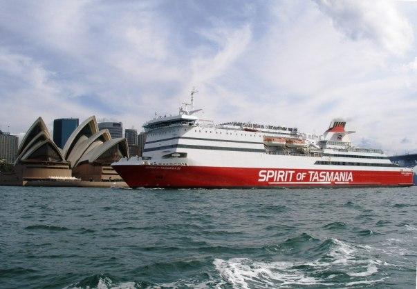 Foto by www.boatregister.net