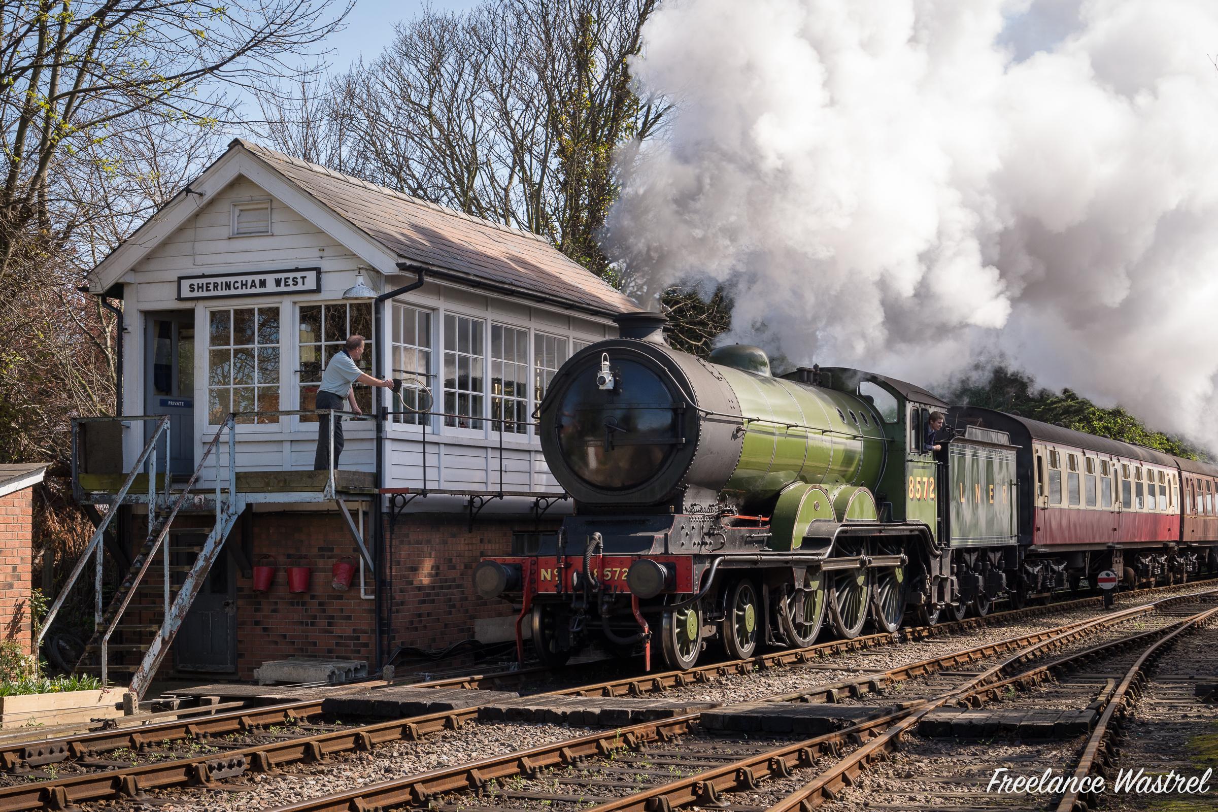 LNER class B12 4-6-0 8572