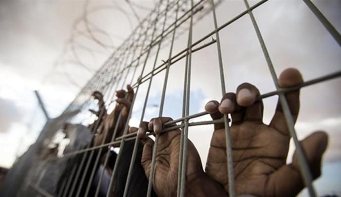 """هيئة الأسرى: محكمتا الاحتلال في """"عوفر وسالم"""" تمددان توقيف 41 أسيرا"""