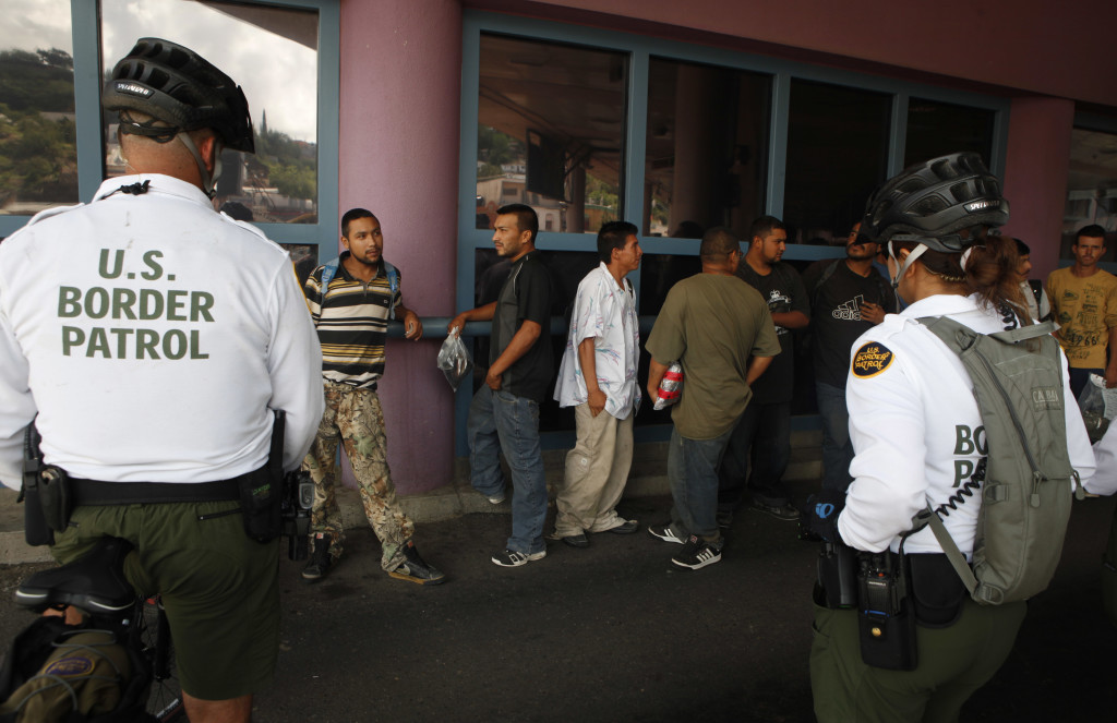 """Obama's Immigration Plan Includes End to """"Secure Communities"""""""