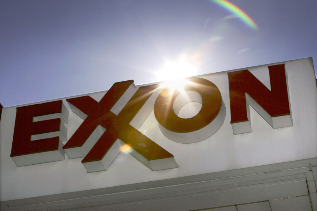 Investigation Finds Exxon Ignored Its Own Early Climate Change Warnings