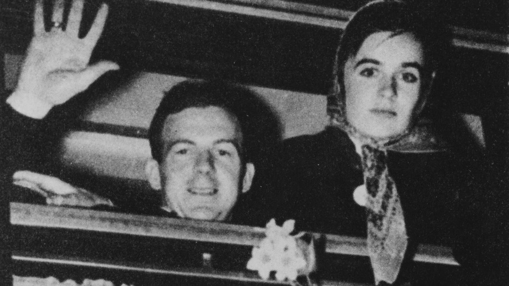 Glimpses of a Life   Who Was Lee Harvey Oswald?   FRONTLINE