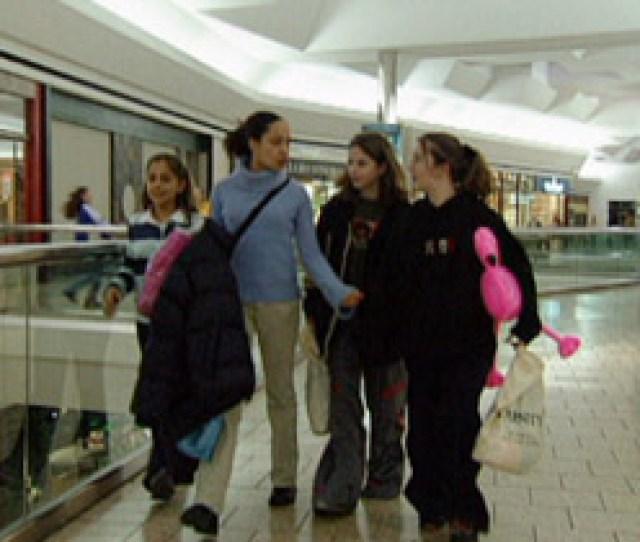 Teengirls Post05 Mall