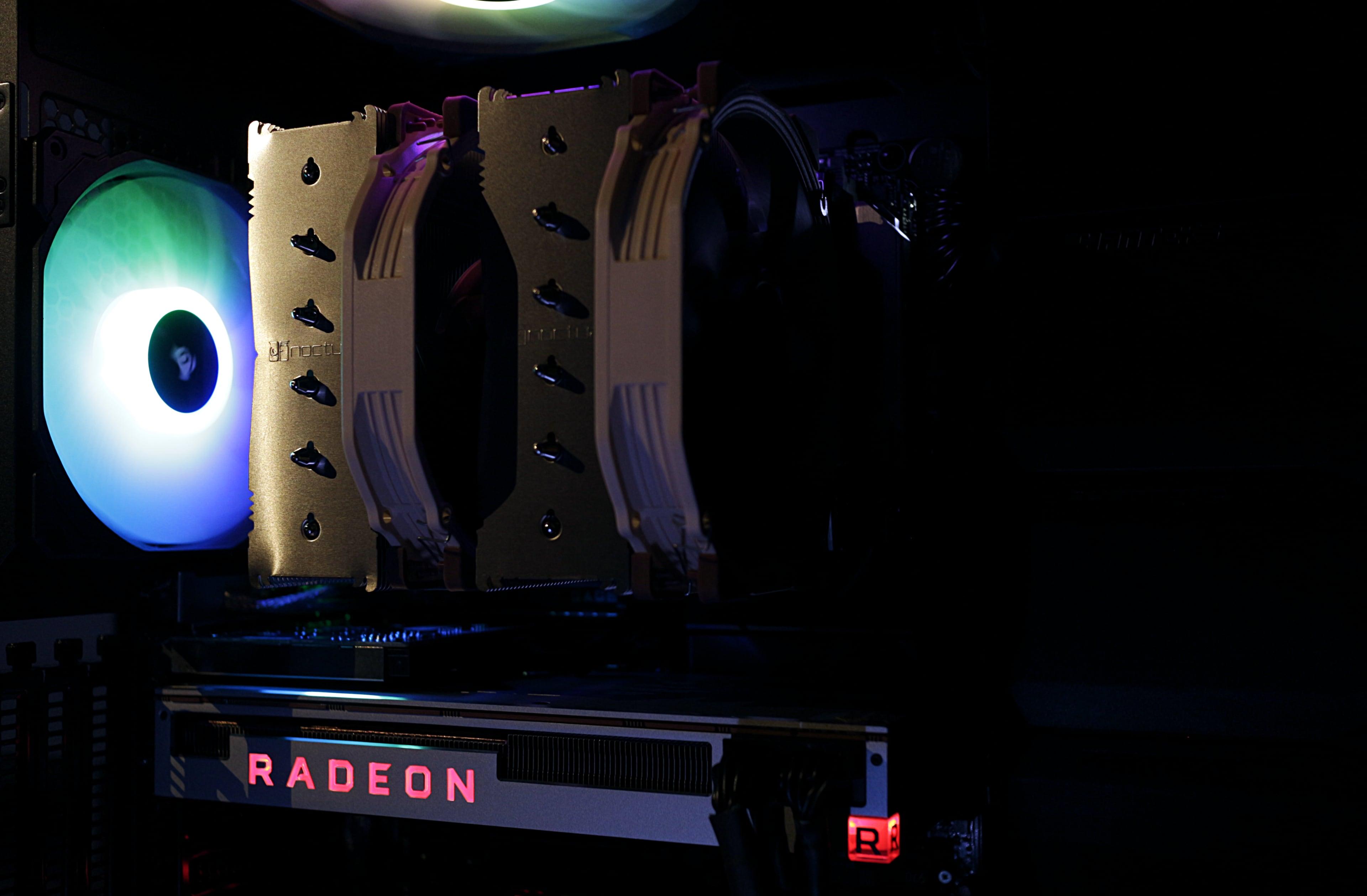 Workstation X299 i9-9840X 14core con Radeon VII 2