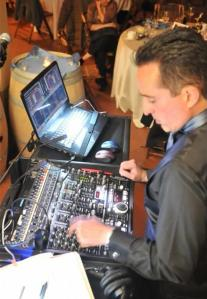 Mobile DJ using DEX 3 RE