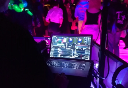 Video Mixing With DEX 3 Live