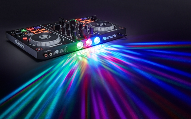 DJ Controllers | Party On! Download The Numark Party Mix Map For DEX