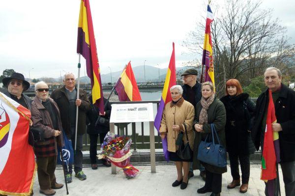 Homenaje a víctimas de la Guerra Civil y represaliados por el Franquismo en Irun