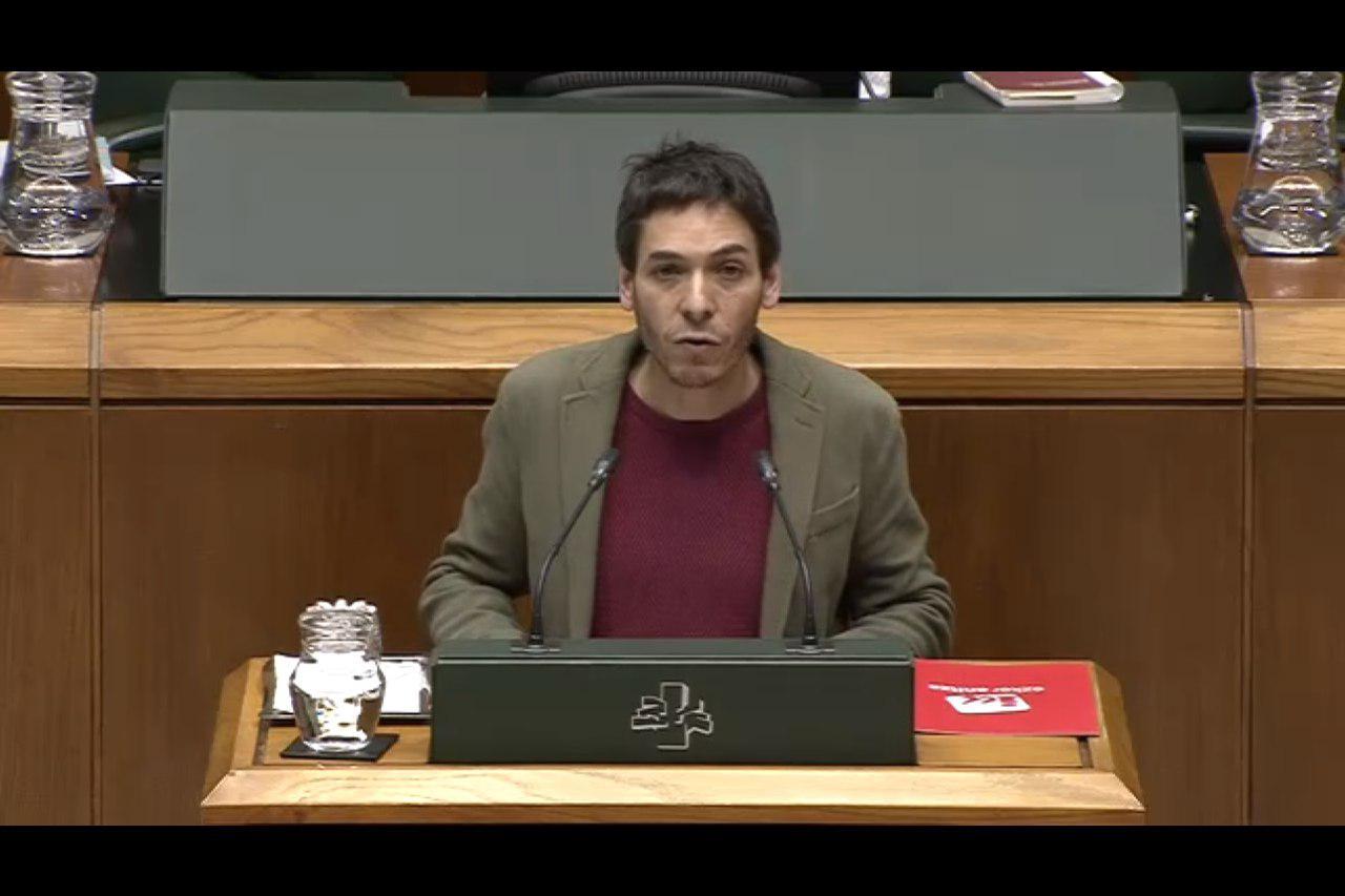El voto de nuestra coalición en el Parlamento Vasco ha permitido que las y los trabajadores públicos puedan tener una subida salarial que no es ningún regalo, sino una conquista.