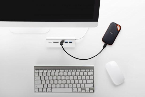 כונן אחסון נייד SanDisk Extreme Portable SSD