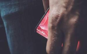 Andy-Rubin-Smartphone-01
