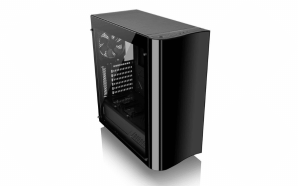 Caixa View 22 Tempered Glass Edition da Thermaltake a caminho…