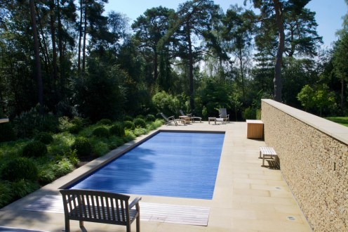 Poolside walls and paving