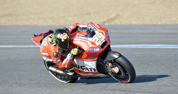 OK_0057_T03_Iannone_action
