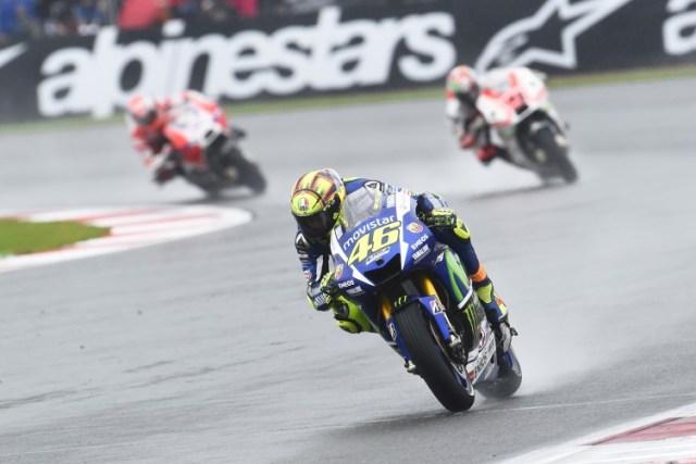 Silverstone-Rossi-Race2
