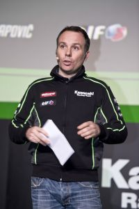 hi_Kawasaki Racing Team2017Team Launch_GB40911A