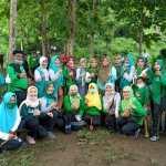 Fatayat NU Tulungagung Ikut Kontribusi Tanam Pohon Cegah Erosi