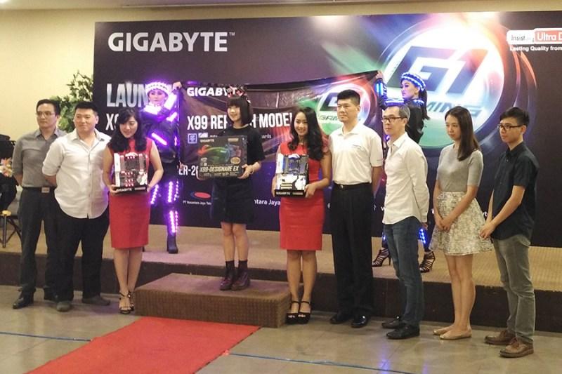 gigabytesegarkanlinimotherboardx99-1