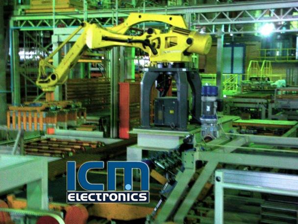 ICM-ov robot za slaganje i razlaganje blokova u fabrici u Rusiji