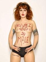 45 - Bettina Rheims - Naked War