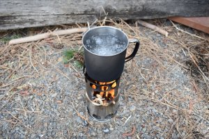 backpacking camp stove boiling water