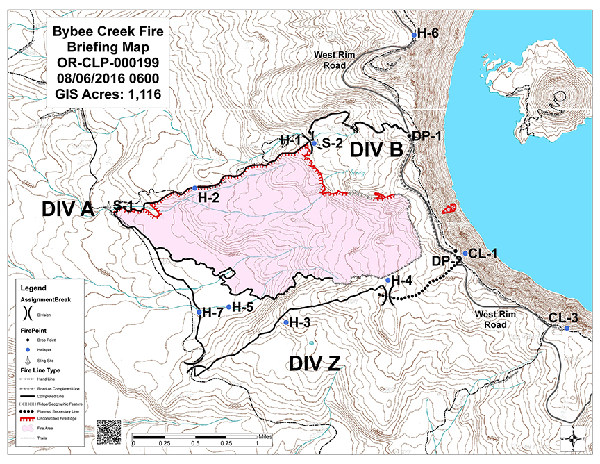 Topographic map indicates the 1,100-acre Bybee Creek Fire area. The fire occurred between the PCT and West Rim Drive (W–E), and between the Lightning Spring and Dutton Creek trails (N–S). Map courtesy of InciWeb.