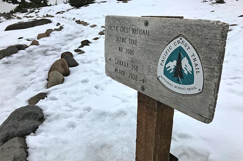 pct-pacific-crest-trail-snow-winter-oregon