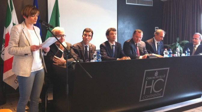 Il Ministro Martina a Cremona: EXPO 2015 è la chiave del rilancio dei nostri territori