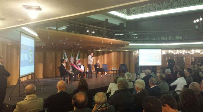 Il ministro Boschi a Cremona: bagno di folla all'incontro in sala Borsa