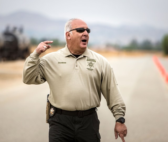 Sheriffs Investigator Nelson Guzman Gives Instructions To Applicants Before A   Mile Run During The Agility Test To Potentially Become New Riverside