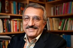 Abbas Milani1 300x198 دکتر عباس میلانی: مسئولیت تحریم ها بر دوش حکومت ایران است