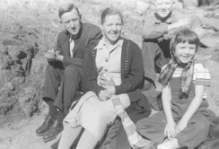 1957-Rudolf-and-Hanna-Kroeger-with-Two-of-Their-Childern-on-a-Normal-Sunday-Hike
